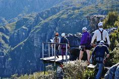 Cape Canopy Tours between Elgin / Grabouw and Villiersdorp - this amazing zipline experience is a definite bucket list item for people living or visiting the Cape Town area! #capecanopytours #grabouw #elgin #villiersdorp #zipline #capetown