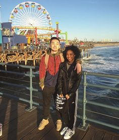 Santa Monica Pier, very cute♡♡ Interracial Family, Interracial Marriage, Interracial Wedding, Mixed Couples, Black Couples, Cute Relationship Goals, Cute Relationships, Cute Couples Goals, Couple Goals