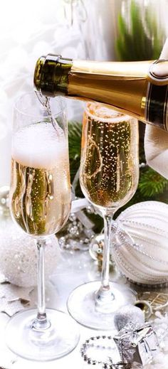 Popping Champagne And Toast Stock Image - Image of alcohol, toast: 62759079 Silvester In Dresden, Glace Fruit, Alcoholic Drinks, Cocktails, Drinks Alcohol, Party Drinks, Beverages, Nouvel An, Sparkling Wine