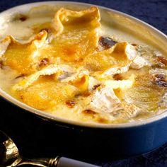 Camembert cheese potato gratin | Gratin de pommes de terre au camembert - une recette Terroir - Cuisine | Le Figaro Madame
