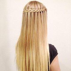 Scissor waterfall braid. Simple yet beautiful! #hotonbeauty hotonbeauty.com