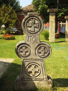 Eastern Serbia tombstone Serbian, Crucifix, Good Old, Crosses, Old Things, Culture, Life, Art, Sagrada Familia