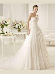White Ball Gown One Shoulder Applique Organza Wedding Dress