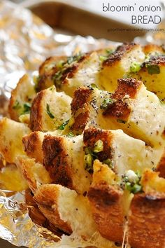 Bloomin Onion Bread