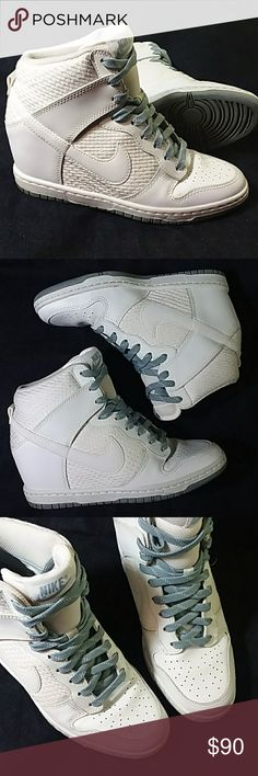 0e1571c433d83 Nike Sky Hi Dunk Wedges Sz 7 Good condition despite being white