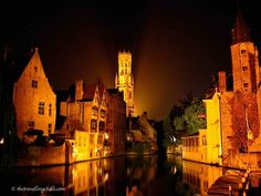 Bruges looks very romantic by night