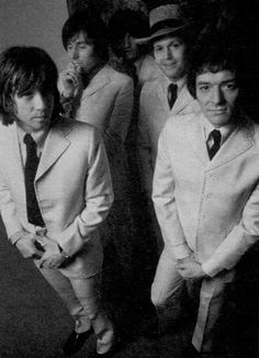 The Hollies, Tony Hicks. Allan Clarke. Terry Sylvester. Bernie Calvert. Bobby Elliott.1969