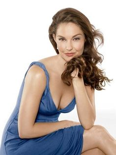 Gorgeous Actresses With Long Hairstyles 20 Gorgeous Actresses With Long Hairstyles: Ashley Judd;With With or WITH may refer to: Ashley Judd, Raquel Welch, Jessica Biel, Jennifer Aniston, Nicole Kidman, Charlize Theron, Sophia Loren, Old Hollywood, Older Actresses
