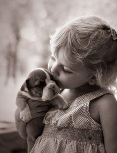 Melt-your-heart precious! #bulldogs #dogs #puppies #children