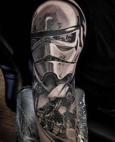Star Wars half sleeve by Chris Ramirez at the Elektrik Chair in Wichita, KS Star Wars Tattoo, Star Tattoos, Leg Tattoos, I Tattoo, Sleeve Tattoos, Awesome Tattoos, Cool Tattoos, Stormtrooper Tattoo, Tattoo Ideas