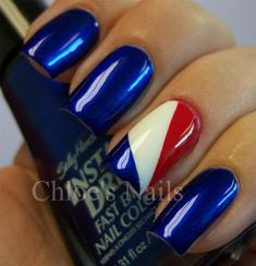 Chloe nails - 30 Best Nail Designs for the of July 2019 to get your claws dipped in patriotic fervor – Chloe nails Shellac Nails, My Nails, Manicure, Nail Polish, Flag Nails, Patriotic Nails, Chloe Nails, Cruise Nails, Firework Nails