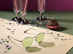 Every empty glass is an opportunity. Cheers to the end of 2017 with a new pair of Ray-Ban. Dope Fashion, Fashion Wear, Fashion Trends, Cat Eye Sunglasses, Sunglasses Women, Sunglass Hut, Cheers, Empty, Opportunity
