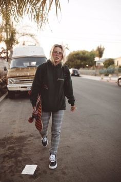 Skater girl outfits - Skater girl outfits – Outfits ta Source by - Grunge Outfits, Outfits 90s, Lesbian Outfits, Gay Outfit, Casual Outfits, Fashion Outfits, Fashion Wear, Skater Girl Style, Skater Girl Outfits