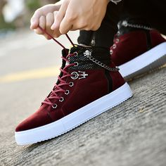 High Quality Men Vulcanized shoes New High Top Canvas Casual shoes Men Autumn Leather Sneakers Metal Chain Plus Size Male Flats Sneakers Shoes, High Top Sneakers, Sneakers Mode, Dress With Sneakers, Leather Sneakers, Sneakers Fashion, Men's Shoes, Shoes Men, Converse Shoes High Top