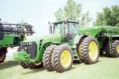 On a sunny warm August 2009 day we saw this 277 hp John Deere 8530.