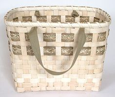 Soteria Green Basket Pattern-  Free Basket Weaving Pattern by Beth Hester  http://www.basketmakerscatalog.com/mfiles/soteriagreen.mv    One of my favorite hobbies when I have the time...