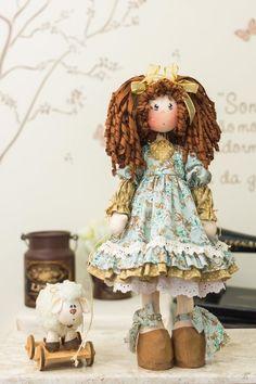 Coleção Piu Bellas - Charlotte (kit completo) Doll Crafts, Diy Doll, Stitch Doll, Fabric Toys, Sewing Dolls, Waldorf Dolls, Soft Dolls, Cute Dolls, Doll Patterns