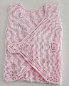 Photo by Aslıileörgü on March Görüntünün olası içeriği: 1 kişi Baby Vest, Baby Cardigan, Crochet Baby, Knit Crochet, Cross Stitch Baby, Vest Pattern, Baby Sweaters, Baby Knitting Patterns, Knitwear