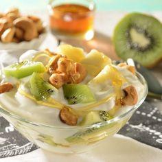 Vasito de Frutas Tropicales con Yoghurt