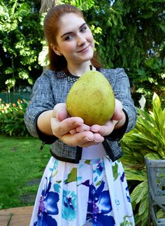 08 Aug 01 - Pear Shaped (1) by the joy of fashion, via Flickr