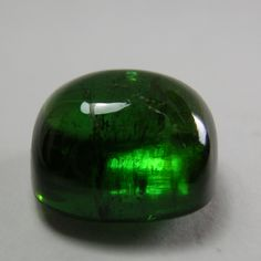 Tourmaline cabochon,natural green tourmaline,tcw-12.65 ct