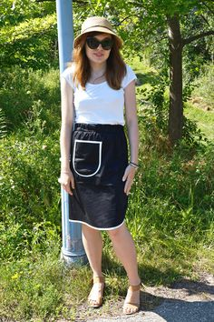 Today, I bring to you a pattern that I recently had the opportunity to test before its big re-launch next week - the midi skirt ROMA by Halfmoon Atelier. Waist Skirt, Midi Skirt, High Waisted Skirt, Skirts, Pattern, How To Make, Fashion, Moda, Skirt