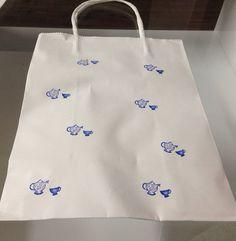 Blue and white tea set gift bag.