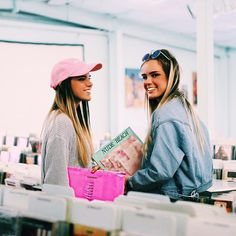 obsessed w/ record stores