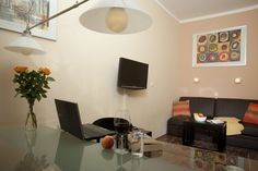 Livingroom with dining table and sofa