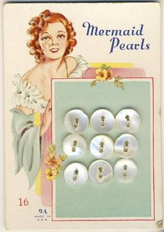 I love to sort through my buttons, especially my collection of vintage buttons. You you can use buttons for sewing and so many other things! Vintage Sewing Notions, Antique Sewing Machines, Vintage Sewing Patterns, Book Projects, Sewing Projects, Sewing Clipart, Decoupage, Button Cards, Button Button