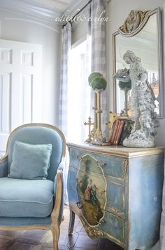 The Study Renovation Final Reveal Edith & Evelyn Vintage French Country Bedrooms, French Country House, Country Homes, Tuscan Decorating, French Country Decorating, Decorating Ideas, Decorating Websites, Tuscan Design, Living Room Remodel