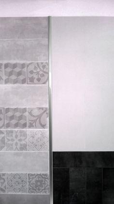 Listello Emperador de acero inoxidable calidad 430. Su cara de 30mm de amplitud, lo convierte en un perfil protagonista que realza las texturas de los revestimientos.