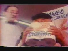 Old Commercial - Dont Squeeze The Charmin Commercial Advertisement, Retro Advertising, Retro Ads, Vintage Videos, Vintage Tv, Sweet Memories, Childhood Memories, Funny Commercials, Classic Tv