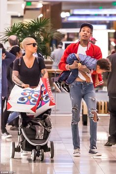 Quality time: Amber Rose and Wiz Khalifa proved they're still very much on good terms as t...