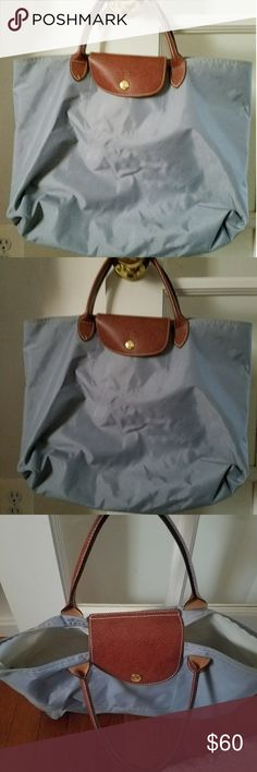 Authentic Longchamp Gray Tote Bag Very Good Pre-owned Condition! Fast Immediate Priority Shipping! Please visit my closet for additional designer items. Thank you. Longchamp Bags Totes