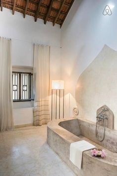 Tara Verde Old Villa Gandar Room - Get $25 credit with Airbnb if you sign up with this link http://www.airbnb.com/c/groberts22
