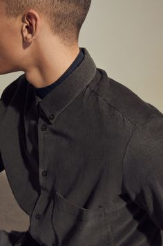 COS | Corduroy shirt Cos Stores, Latest Clothes For Men, Maria Clara, Minimal Fashion, Minimal Style, Mens Fashion, Fashion Outfits, Corduroy, Menswear