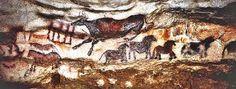 Los pigmentos usados en la Cueva de Lascaux son el óxido de manganeso, el óxido de hierro y el caolín para conseguirlos colores negro, rojo, amarillo y blanco, respectivamente, lo que obligaba a desplazarse más de 20 km para su obtención. En las paletas se mezclaban el polvo de los minerales con el carbón y la arcilla rica en hierro para obtener distintos tonos de los diferentes colores.