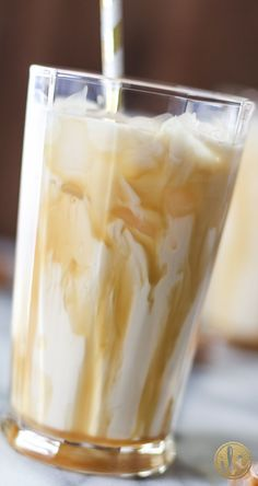 Salted Caramel White Russian - cocktail recipe