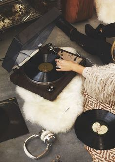 """somerollingstone: """" (via The (Vintage) Records You Need to Be Spinning   Free People BLDG 25 Blog) """""""