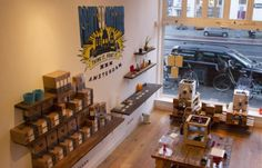 Amsterdam Gets a 3D Print Retail Store http://www.fabbaloo.com/blog/2014/12/21/amsterdam-gets-a-3d-print-retail-store