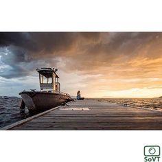 Vermont  ✨ Photographer @pablo_reynaldo  #ScenesofNewEngland  Pic of the Day   11.18.15 ✨ C o n g r a t u l a t i o n s ✨. ----------------------------------------- #scenesofVT #burlingtonVT #bvt  #nature_brilliance #travelvermont #visitvermont #vermontvacation #explorevermont #newengland_vacation #fallinVT #newenglandfall