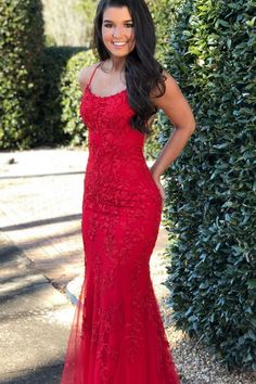 mermaid red lace appliqued long prom dress for curvy girls – classygown Best Formal Dresses, Beautiful Prom Dresses, Formal Evening Dresses, Dress Formal, Formal Gowns, Blue Mermaid Prom Dress, Mermaid Dresses, Girls Dresses, Women's Dresses