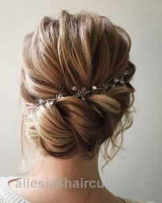Wonderful Lena Bogucharskaya Long Wedding Hairstyles / www.deerpearlflow… The post Lena Bogucharskaya Long Wedding Hairstyles / www.deerpearlflow…… appeared first on Haircuts and Hairstyles ..