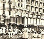 """Proust in Cabourg: Listen: A Madame de Caraman-Chimay:  """"Ayant appris qu'il y avait à Cabourg un hôtel, le plus confortable de toute la côte, j'y suis allé. Depuis que je suis ici, je peux me lever et sortir tous les jours, ce qui ne m'était pas arrivé depuis six ans. """" Marcel Proust  a résidé dans la station banéaire sept étés de suite entre 1907 et 1914. La ville de Cabourg propose sur son site des éléments relatifs à ce séjour."""