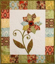 Free Pattern ~ Flower Mini Quilt: