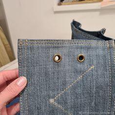 Denim Bag Patterns, Bag Patterns To Sew, Sewing Patterns, Sewing Projects For Beginners, Sewing Tutorials, Bag Tutorials, How To Make Jeans, Denim Crafts, Recycled Denim