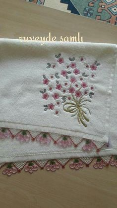 This post was discovered by Fadime Kütük. Discover (and save!) your own Posts on Unirazi. Kurti Patterns, Needle Lace, Tatting, Needlework, Diy And Crafts, Towel, Creations, Weaving, Butterfly