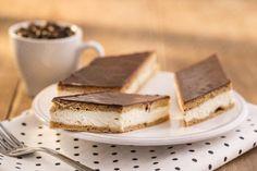 Kinder mliečny rez - rýchly a výborný koláčik bez múky! Something Sweet, Rum, French Toast, Cheesecake, Food And Drink, Sweets, Homemade, Breakfast, Ethnic Recipes
