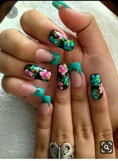 Flower Nail Designs, Flower Nail Art, Colorful Nail Designs, Nail Art Designs, Nails Design, Tropical Nail Designs, Gorgeous Nails, Pretty Nails, Hawaiian Flower Nails
